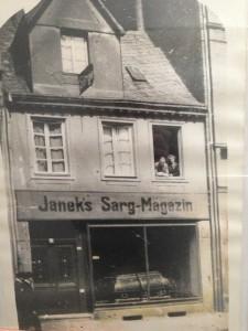 Janek's Sarg-Magazin